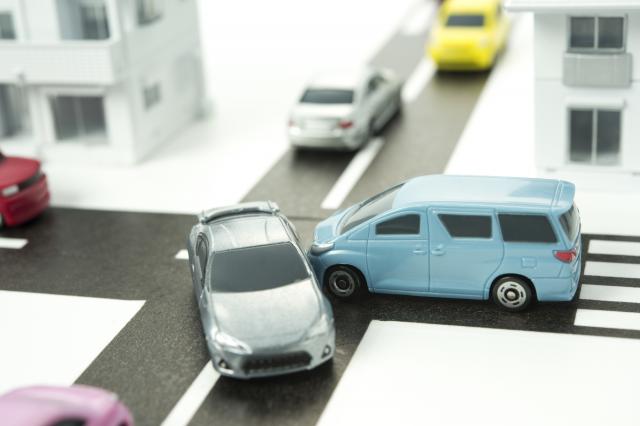 車を買取ってもらうときに事故歴はばれる?修理しても査定額に影響はあるのか