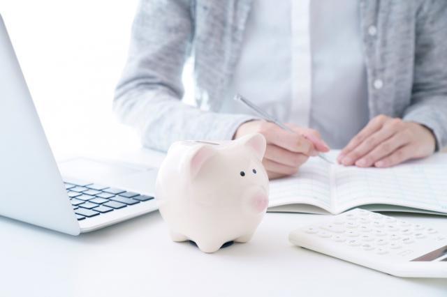 車の購入に貯金を崩すのはあり?車の購入のために上手に貯金する方法も紹介!