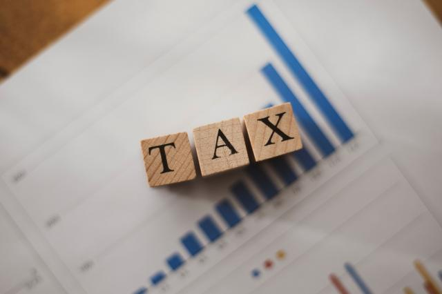 車を買い替える時の税金はどうなるの?還付金の手続き方法も解説