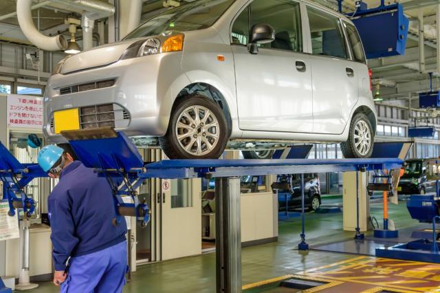 自動車に必要な車検とは?車検証の再発行や住所変更などの方法も紹介