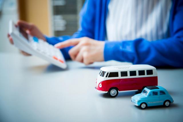 自動車ローンは一括返済可能?検討のタイミングやメリット・デメリットを解説