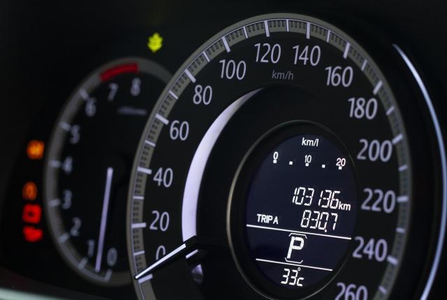 10万キロを超えた軽自動車でも下取りできる?少しでも高く売る方法を徹底解説