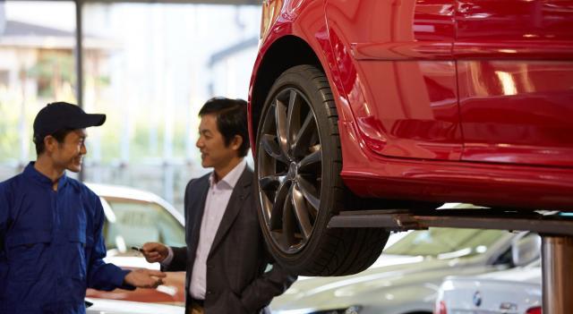 自動車の修理費用が安い業者はどこなの?選ぶ時のポイントや費用を抑えるコツ