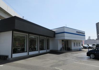 ネクステージ 茨木 スバル車専門店の店舗画像