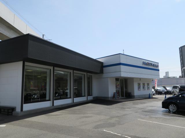 ネクステージ茨木 ミニバン専門店の店舗写真