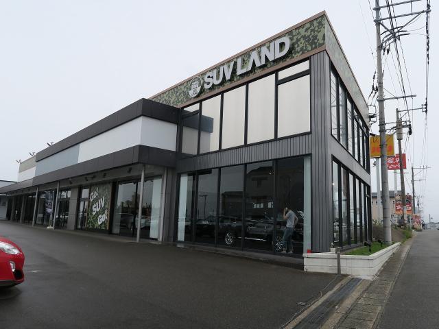 SUV LAND 福岡買取店の店舗画像