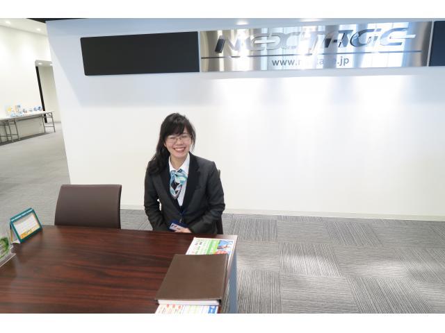 ネクステージのスタッフ写真 事務 胡桃澤 葵