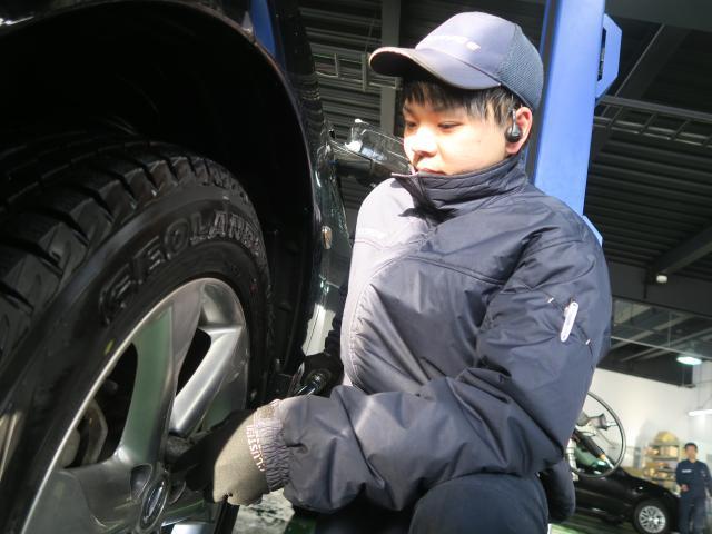 ネクステージのスタッフ写真 メカニック 眞島 拓実