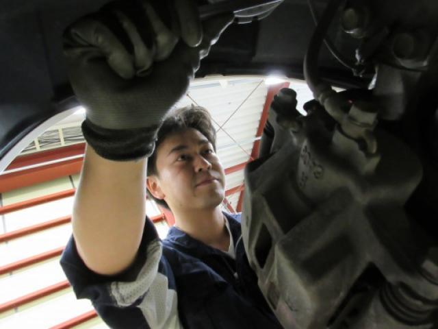 ネクステージのスタッフ写真 メカニック 内池 竜太