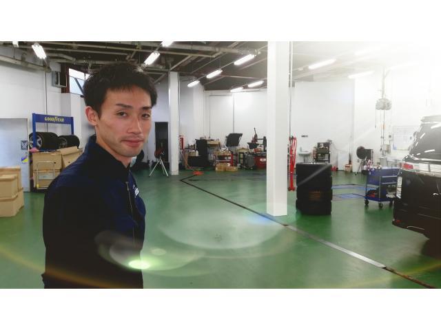 ネクステージのスタッフ写真 メカニック 川口 秀介