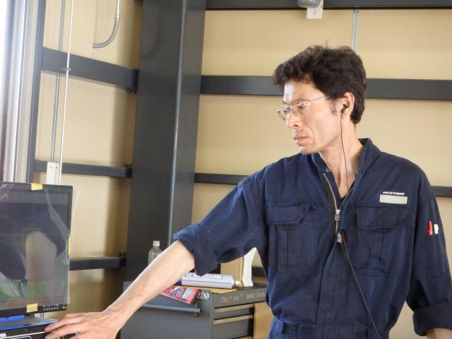 ネクステージのスタッフ写真 メカニック 波田野 悦正