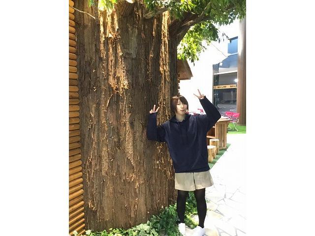 ネクステージのスタッフ写真 事務 谷 麗香