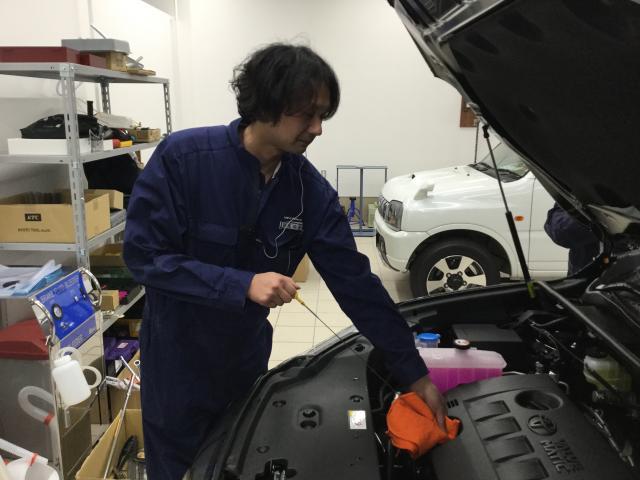 ネクステージのスタッフ写真 メカニック 江尻佑介