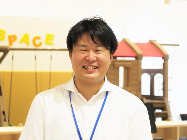 ネクステージのスタッフ写真 チーフアドバイザー 山口 史晃