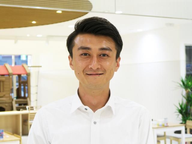ネクステージのスタッフ写真 カーライフアドバイザー 田中 良扶