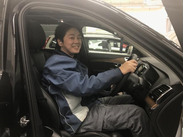 ネクステージのスタッフ写真 テクニシャン 上田 敬伸