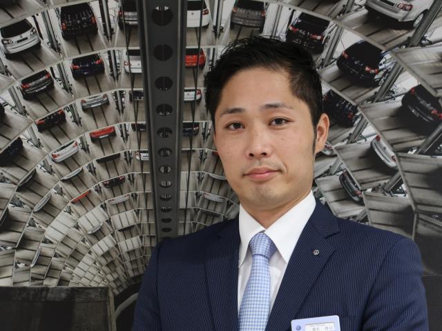 ネクステージのスタッフ写真 セールスマネージャー 桑名 貴司