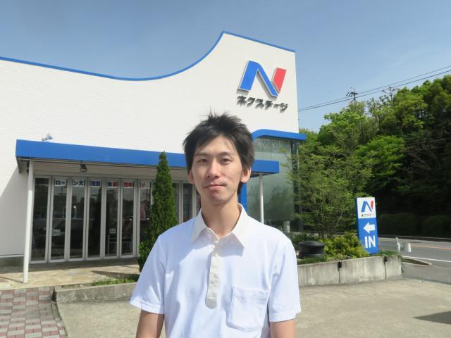 ネクステージのスタッフ写真 カーライフアドバイザー 木戸 雅也