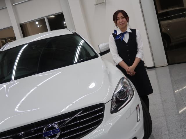 ネクステージのスタッフ写真 カーライフプランナー 恒吉 智美