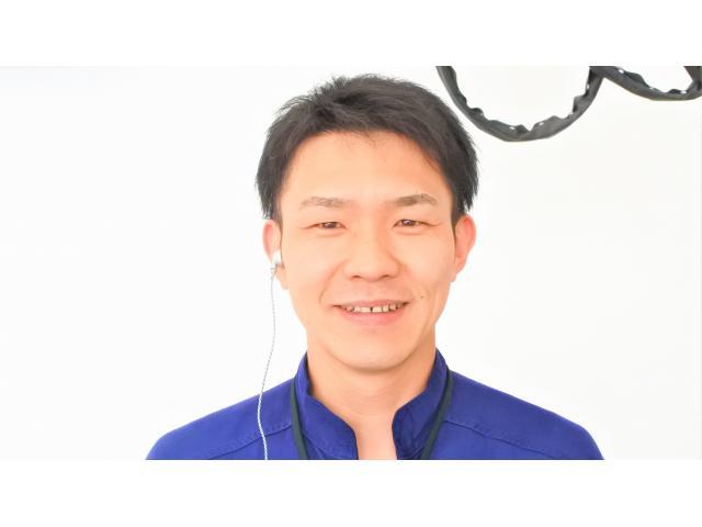 ネクステージのスタッフ写真 メカニック 中村 聡太
