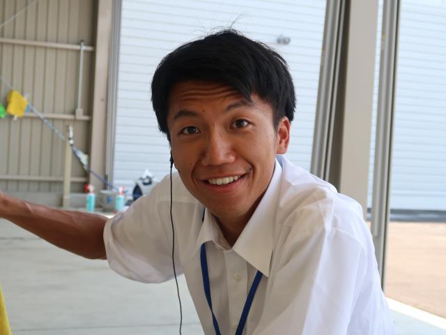 ネクステージのスタッフ写真 カーライフアドバイザー 柳崎 祥希