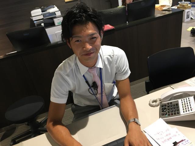 ネクステージのスタッフ写真 カーライフアドバイザー 正垣 拓也