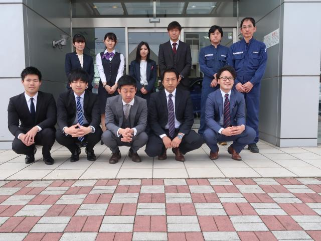 ネクステージのスタッフ写真 カーライフアドバイザー 中川セダン・スポーツ専門店スタッフ一同