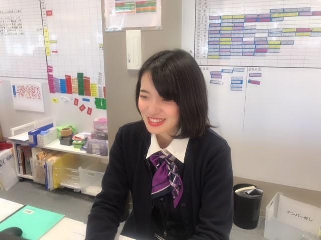 ネクステージのスタッフ写真 事務 安江 加奈
