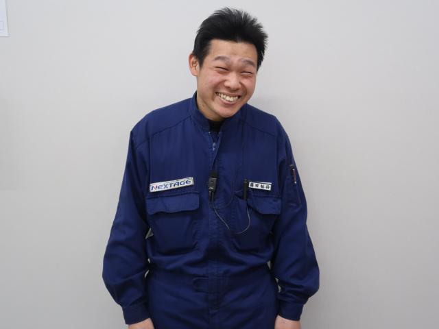 ネクステージのスタッフ写真 メカニック 藤田祐将