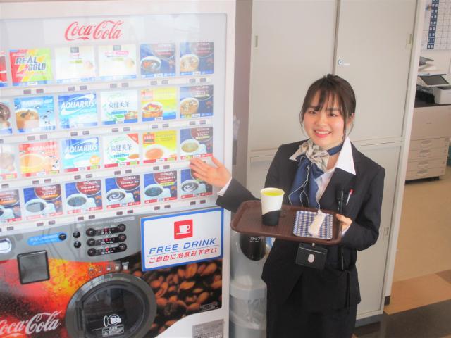 ネクステージのスタッフ写真 カーライフプランナー 小林 桃子