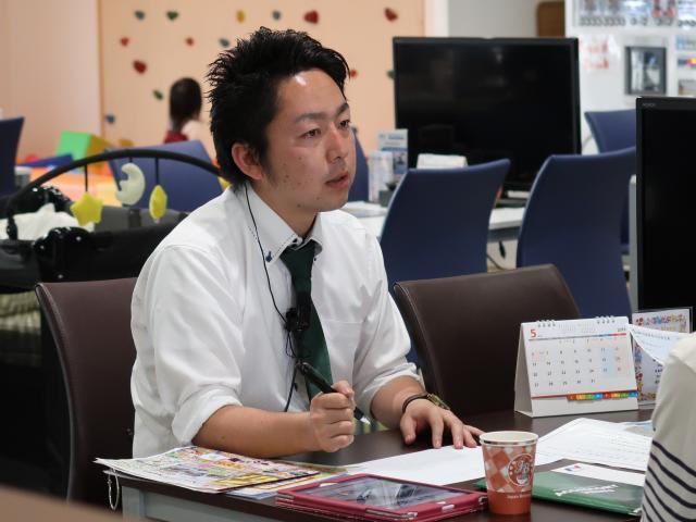 ネクステージのスタッフ写真 カーライフアドバイザー 山口 拓矢