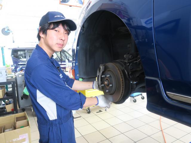ネクステージのスタッフ写真 メカニック 江島 裕太