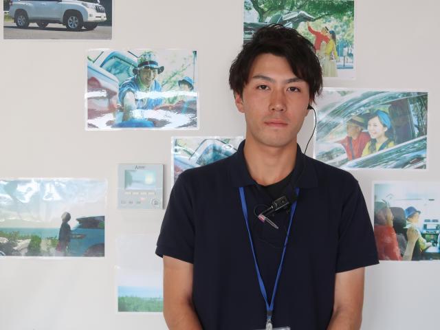 ネクステージのスタッフ写真 カーライフアドバイザー 鈴木 佳祐
