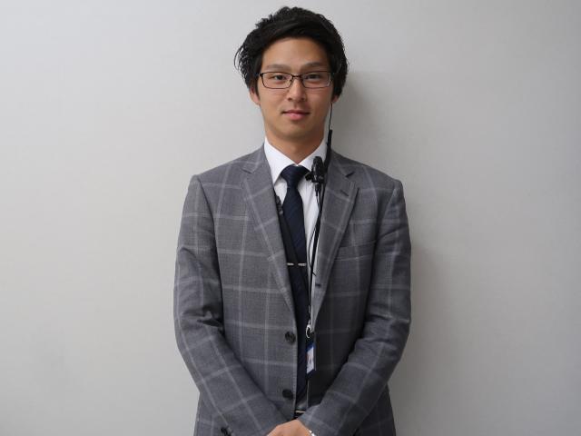 ネクステージのスタッフ写真 副店長 佐野 佑樹