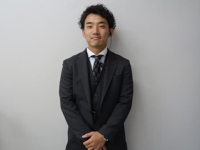 ネクステージのスタッフ写真 カーライフアドバイザー 武田 拓也