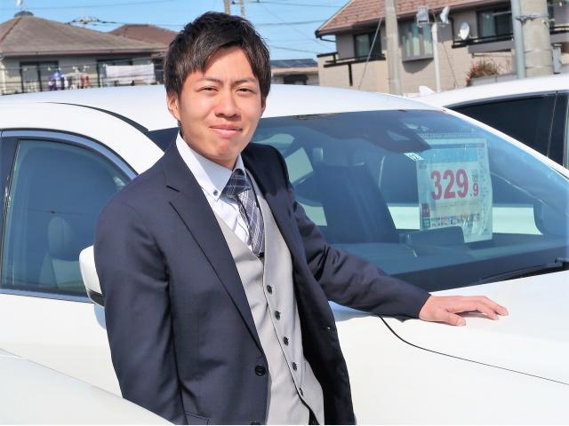 ネクステージのスタッフ写真 カーライフアドバイザー 天田 椋平
