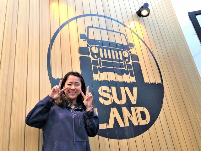 ネクステージのスタッフ写真 カーライフアドバイザー 塩田 涼子