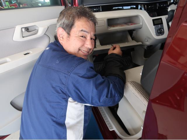 ネクステージのスタッフ写真 メカニック 田村 英二