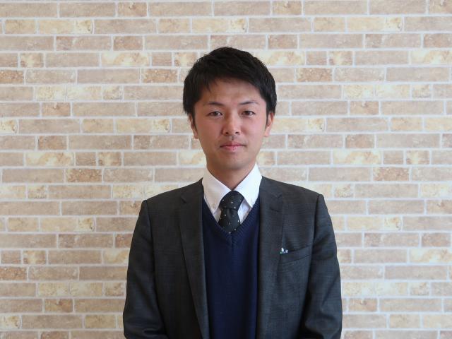 ネクステージのスタッフ写真 カーライフアドバイザー 池邉 亮太