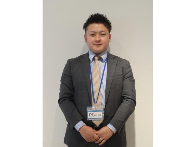 ネクステージのスタッフ写真 副店長 西村 真実