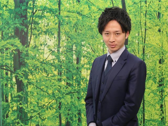 ネクステージのスタッフ写真 カーライフアドバイザー 木原 健太
